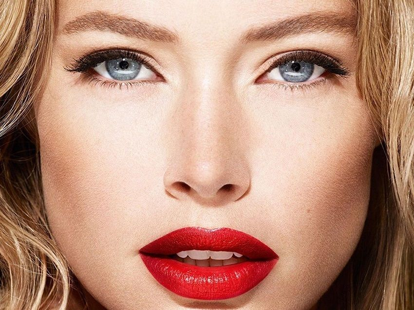 Red Lipstick for Autumn