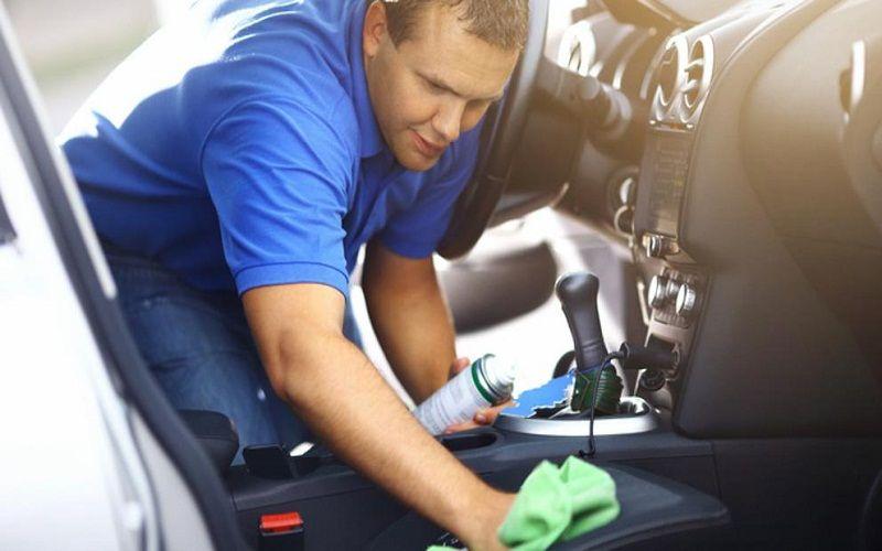 clean the car seats