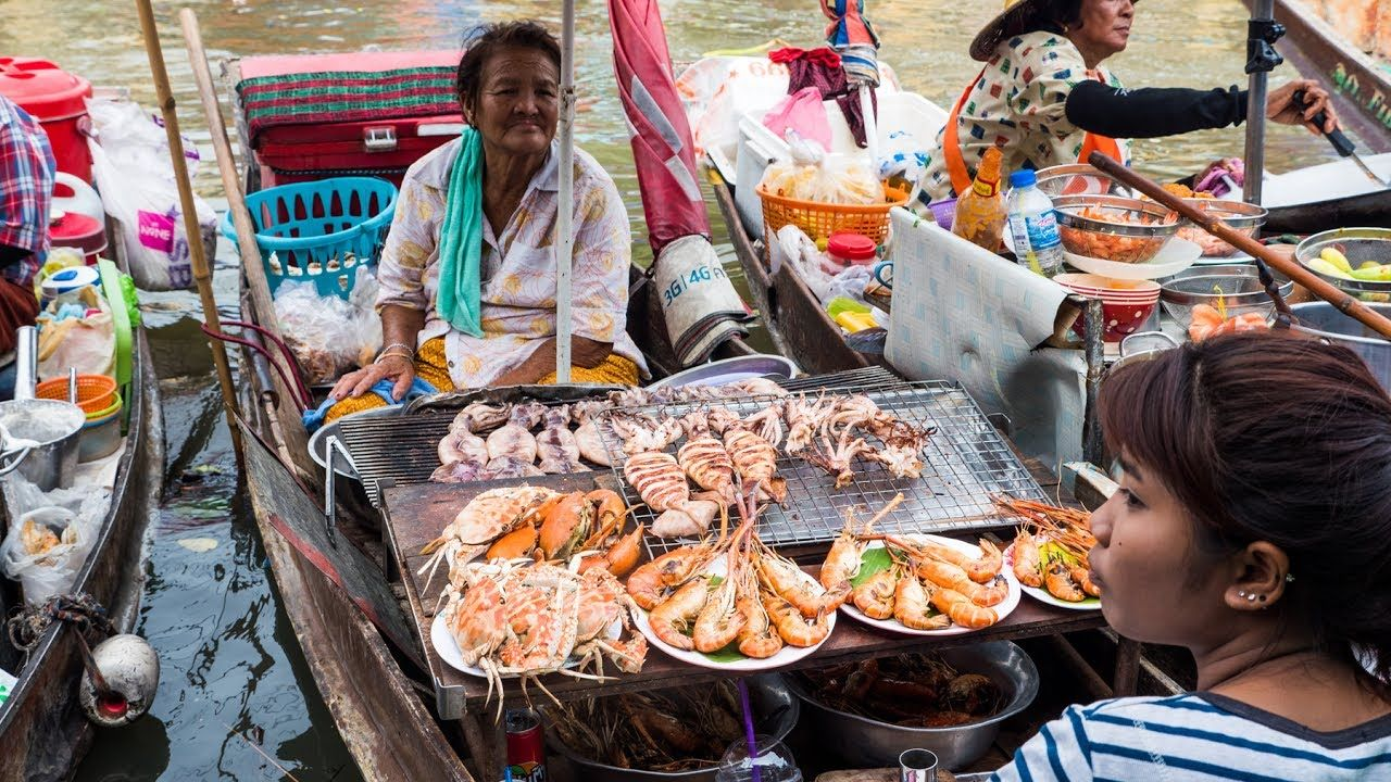 Boat food floating market Thailand