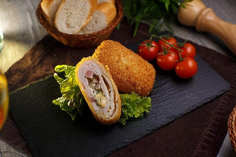 Cordon Blue- Recipe With Harm And Cheese In The Oven At Home