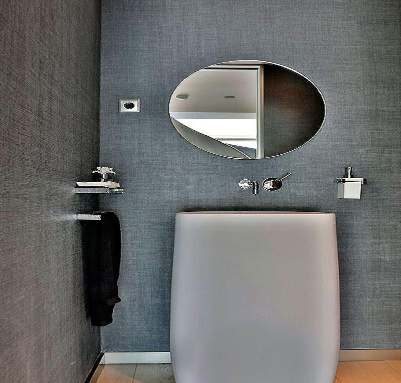 best bathroom idea in bright colors