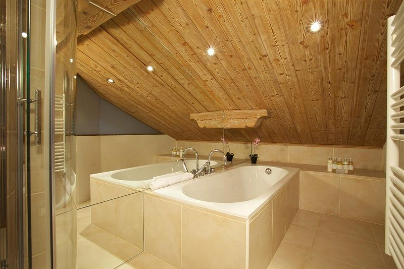 How to Design A Bathroom In The Attic?