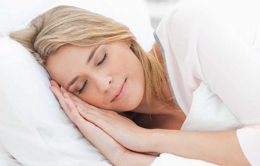 4 TIPS TO SLEEP BETTER AND LOSE BODY FAT