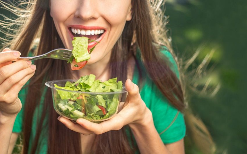 Lunch break at the park: recipes, vitamins and supplements for the spring diet