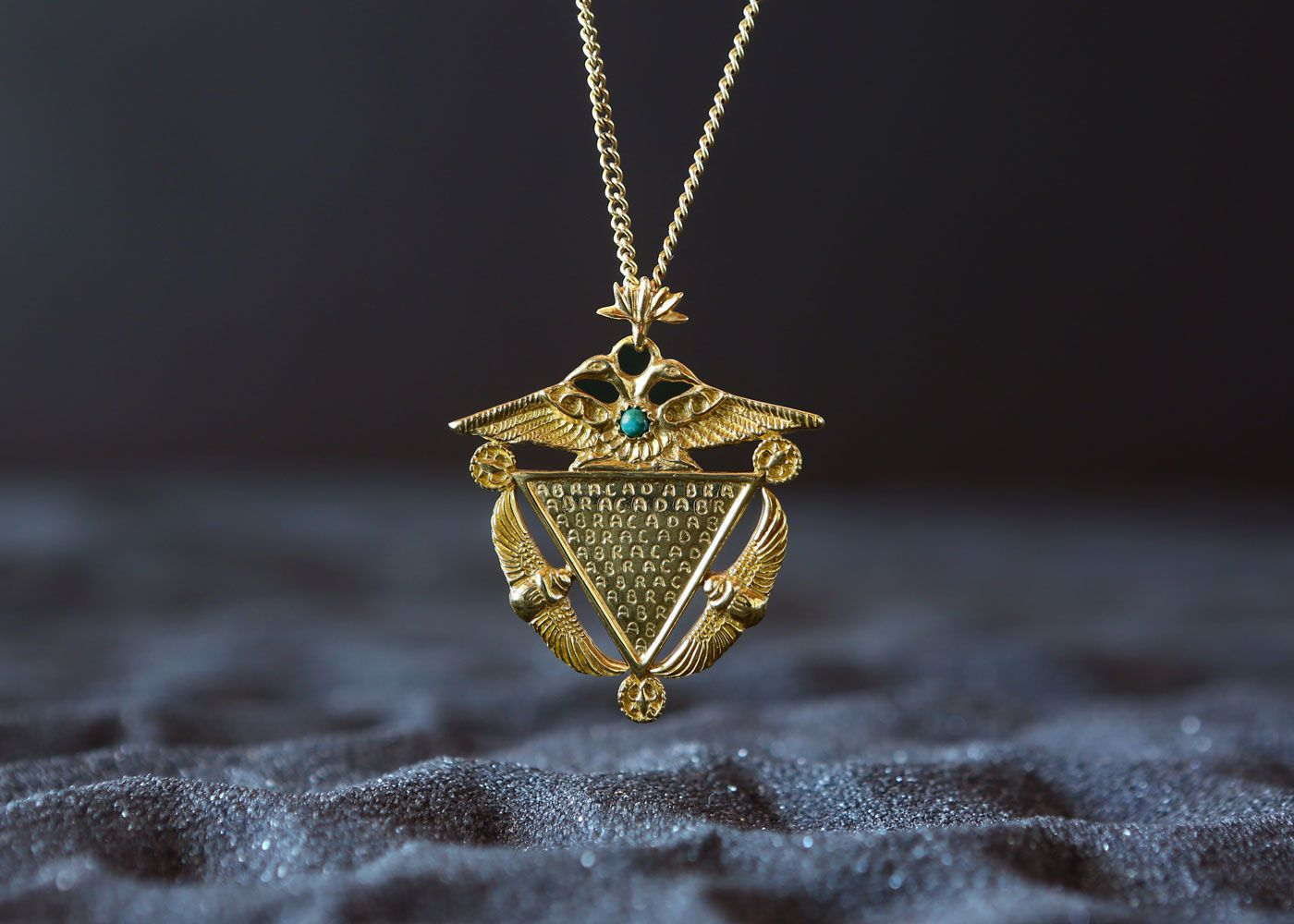 How amulets work for love