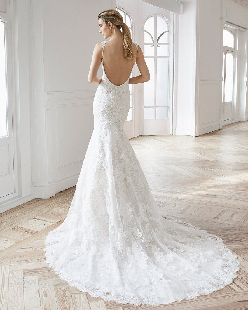 Wedding dresses with open back: sensuality and boldness for a timeless look