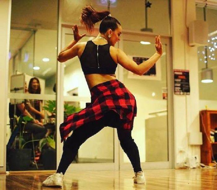 Dance reggaeton